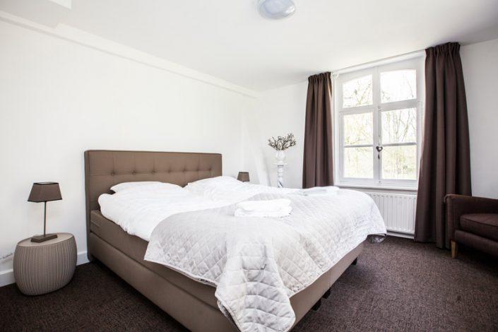 sfeerimpressie slapen kamer 10 bed